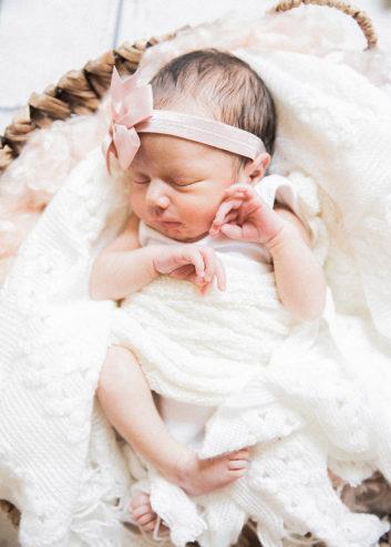 At Home Newborn Photo Shoot in El Paso